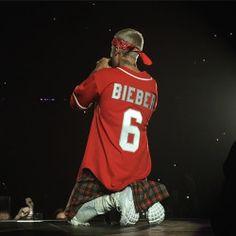 June 27: [More] Fan taken photos of Justin performing in Nashville, TN