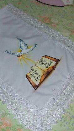 Pintura em toalha de igreja