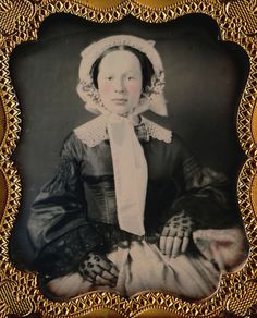 1/6 PLATE DAGUERREOTYPE - BREATHTAKING BONNETED BEAUTY - FOUND IN A MUSIC BOX?