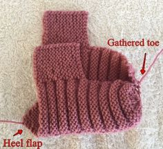 KweenBee and Me: Simple to Knit Ribbed Bootie Slippers