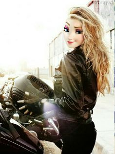 On her motorcycle. Disney Princess Fashion, Disney Princess Frozen, Disney Princess Drawings, Disney Princess Pictures, Modern Disney Outfits, Modern Day Disney, Modern Disney Characters, Elsa Moderna, People With Big Eyes