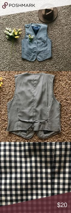 Gingham vest I thought this piece was so unique! Your classic breasted vest in a beautiful gingham pattern! Easily dressed up or down and easily worn all year around! Perfect for anyone's wardrobe! Jackets & Coats Vests