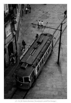 [2013 - Porto / Oporto - Portugal] #fotografia #fotografias #photography #foto #fotos #photo #photos #local #locais #locals #cidade #cidades #ciudad #ciudades #city #cities #europa #europe #electrico #electricos #tranvia #tranvias #tram #trams #eletrico #eletricos #turismo #tourism @Visit Portugal @ePortugal @WeBook Porto @OPORTO COOL @Oporto Lobers