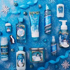 Are you a Vanilla Bean Noel kind of person? Bath and Body Works Holiday Scents have something for everyone this year! Bath Body Works, Bath N Body, Bath And Body Works Perfume, Fantasias Halloween, Bath And Bodyworks, Jingle All The Way, Body Mist, Tips Belleza, Body Spray