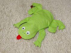FabelHaft Frosch mit Kirschkernen AKR 10 von ann!ka auf DaWanda.com