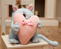 Красивые Игрушки: Влюбленный котик / Cat in love