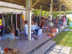 Sunday Market in Sanur at Sand restaurant