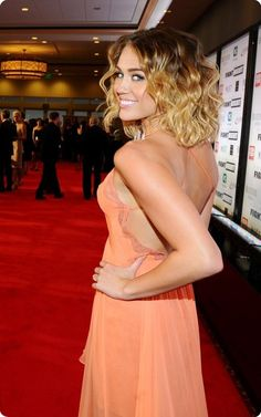 Miley Cyrus curly brown to blonde ombre hair style for short hair