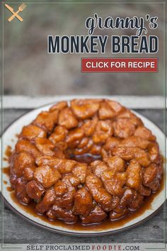 This easy Monkey Bread is a sweet, gooey, sinful cinnamon sugar treat made with canned biscuit dough and lots of butter. This recipe is incredibly easy to make because it uses store bought biscuit dough (in a tube). Summer Dessert Recipes, Healthy Dessert Recipes, Brunch Recipes, Holiday Recipes, Fall Recipes, Desserts, Unique Recipes, Popular Recipes, Ethnic Recipes