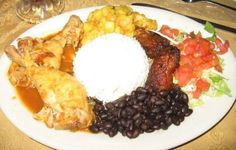 """Casado"" Chiken, Rice, Beans, salad, plátano and picadillo de papa, Costa Rican Food"