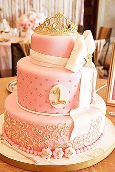 Light pink & gold birthday cake ~ love the monogram at the bottom! Baby Girl 1st Birthday, Gold Birthday, First Birthday Cakes, Princess Birthday, Princess Party, 1st Birthday Parties, Birthday Ideas, Princess Cakes, Pink Princess