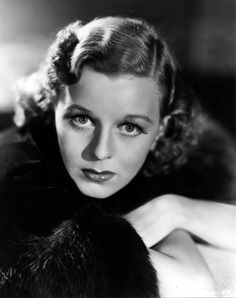 Big birth/heavenly day to beautiful and talented 💫💫💫💫💫💫♥️♥️♥️♥️♥️😍😍😍💋💋💋💋💋💋😘😘😘🎉🎉🎉🎉🎂🎂🎂🎂🎂 Margaret Brooke Sullavan (May 1909 – January was an American actress of stage and film. Old Hollywood Actresses, Old Hollywood Stars, Old Hollywood Glamour, Golden Age Of Hollywood, Vintage Hollywood, Classic Hollywood, Actors & Actresses, Hollywood Style, Classic Actresses
