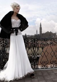 "OMG I LOVE THIS LOOK!!  From Atelier Aimee Montenapoleone ""black and white collection"" wedding gown."