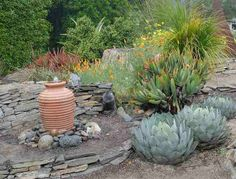 Sweet memories live on in the garden. Here's how to create a long-lasting tribute for those you love in the form of a memorial garden. Rock Garden Design, In Memory Of Dad, Outdoor Retreat, Pet Memorials, Sweet Memories, Exterior Design, Gardening Tips, Outdoor Gardens, Memorial Gardens