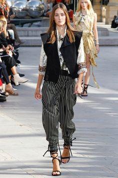 Sfilata Isabel Marant Parigi - Collezioni Primavera Estate 2016 - Vogue