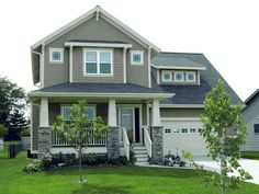 Best exterior house colors green bungalows craftsman style homes ideas Exterior Paint Colors, Exterior House Colors, Paint Colours, Siding Colors, Craftsman House Plans, Craftsman Style, Craftsman Columns, Craftsman Porch, Pintura Exterior