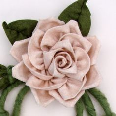 Felt Flowers, Fabric Flowers, Diy Rose, Flannel Flower, French Flowers, Ribbon Embroidery, Handmade Flowers, Flower Making, Couture
