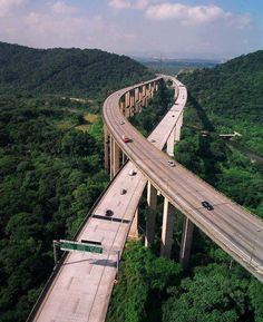 Impressive Highways System the rainforest in Sao Paolo,Brazil.