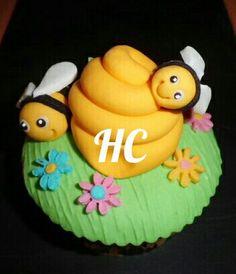 cupcakes fondant modelado en azúcar abejas Bee