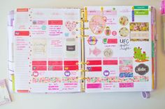 Take a look at these Erin Condren planner insides and how this blogger uses hers to the fullest.