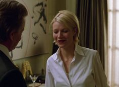 Have any of you seen this movie – A Perfect Murder? I first saw it when it came out in 1998 and I remember at the time thinking how glamorous Gwyneth Paltrow's wardrobe and haircut was … A Perfect Murder, Plain White Shirt, Small Wardrobe, Shearling Coat, Classic Chic, Gwyneth Paltrow, Hair A, Her Style, Glam Style