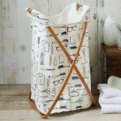 A laundry room should be highly organized and functional because it is a working area but it remains cramped in most of the houses. These easy home organization and decorating ideas will keep your laundry room decluttered and turn the place from a mess to a sanctuary. #ClosetMaidCool