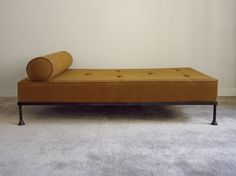 Daybed in patined iron. Loose matras.