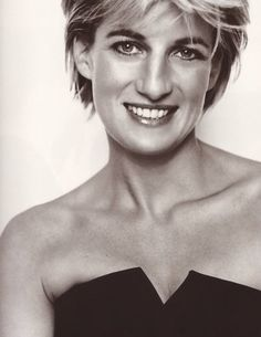 Image detail for -Lady Diana Spencer (Princess of Wales) – Mario Testino Photoshoot .we lost a beautiful soul. Lady Diana Spencer, Mario Testino, Princesa Diana, Vanity Fair, Kate Middleton, Princess Diana Pictures, Elisabeth Ii, Diane, Princess Of Wales
