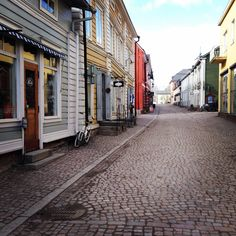 Picturesque Porvoo, the second-oldest town in Finland, invites exploration and offers historical treasures, design shops, fashion and fine dining. www.visitporvoo.fi
