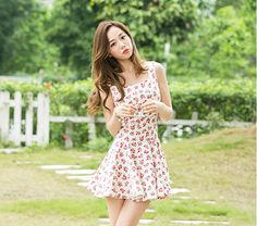 Sweet cute floral pleated skirt/dress