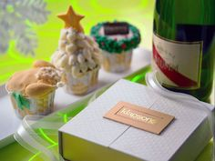 Christmas cupcakes from Klapsons boutique hotel, Singapore