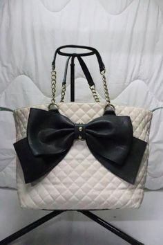 Betsy Johnson Purses, Betsey Johnson, White Shoulder Bags, Beautiful Handbags, Great Christmas Gifts, Large Black, Purses And Handbags, Designer Purses, Bow