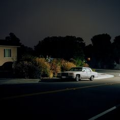 #photography #moonlight #lamplight #vehicule #outdoor #wide #urban #environment #patrickjoust #white #street