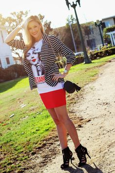 Blogger She Said He Said in a Deb Shops #top and #heels