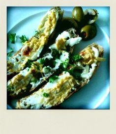 Sage, Rye & Blue Cheese Log.   Eats & Drinks.   Pinterest   Cheese Lo...