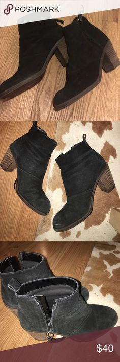 """Dolce vita suede leather ankle boot booties Dolce vita suede zipper ankle booties. I believe these are called the """"joust"""" style. Good condition Dolce Vita Shoes Ankle Boots & Booties"""