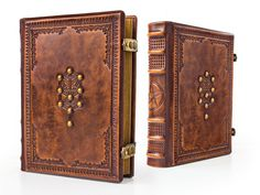 x Tree of Life Leather Journal Book of Diy Leather Books, Leather Book Covers, Leather Bound Books, Medieval, Book Spine, How To Age Paper, Vegvisir, Beautiful Book Covers, Blank Book