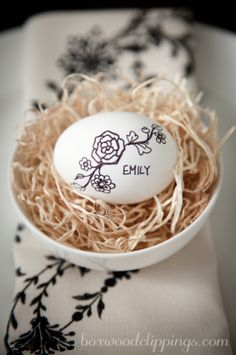Black and White Easter Place Cards, egg, puffy paint, name, nest, cute, dining table.