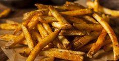 Cuites au four...Voici les frites maison assaisonnées - Recettes - Ma Fourchette