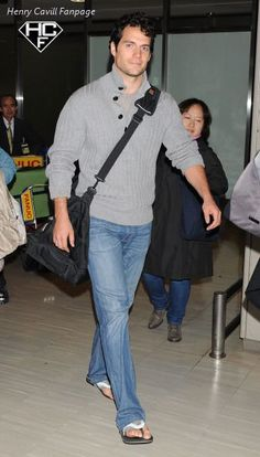 Henry Cavill arriving at Narita International Airport on March 24, 2013 in Narita, Japan-03. Photos via mckiddohfan.tumblr.com! Thank you!     Photo credit: Jun Sato/WireImage    www.facebook.com/HenryCavillFans    We are Henry Cavill Fans on the Web-Tumblr, Facebook, Twitter, Pinterest, Flickr, Instagram and YouTube
