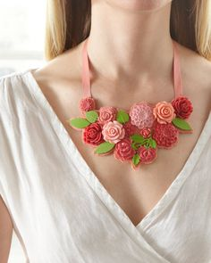 Learn how to create this cabochon bib necklace made from the Martha Stewart Crafts Jewelry line at Michaels #marthastewartcrafts