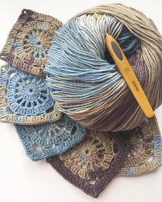 """Crochet Granny Square """"Rose"""" s Granny Square Crochet Pattern, Crochet Blocks, Crochet Squares, Crochet Granny, Crochet Motif, Crochet Lace, Crochet Stitches, Free Crochet, Granny Squares"""