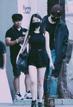 Bts Girlfriends, Jeongguk Jeon, Jungkook Fanart, Kpop Couples, Sooyoung, Couple Goals, Kpop Girls, Korean, Fan Art