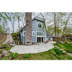 Beautiful 4 Bedroom Lake House 2671 W. Rental Listings, Rental Property, Cabin, Bedroom, House Styles, Beautiful, Home Decor, Decoration Home, Room Decor