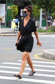 """Katie Holmes sports a little black dress with """"ugly"""" sandals in New York on July 15. #katieholmes #blackdresses #streetstyle #fashion #littleblackdress Heeled Flip Flops, July 15, Katie Holmes, Women's Sandals, Street Style Looks, Fashion Labels, Scarf Styles, Her Style, High Fashion"""