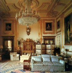 White Drawing Room at Windsor Castle Cream pure silk broadloom damask for the restoration of the White Drawing Room. http://www.humphriesweaving.co.uk/projects.html