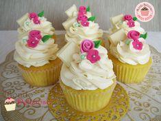 Cupcakes al Cioccolato Bianco con Frosting Mousse: la rinvincita del Cioccolato Bianco! | Mondo Delizioso