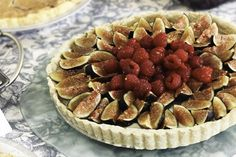 Gluten Free Fig and Raspberry Mascarpone Tart with local honey #CAREPackageRecipes