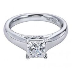 Strict 18ct Oro Giallo Colombiana Smeraldo E Diamante Anello A Grappolo Gemstone