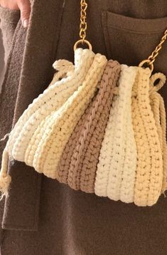 Crochet Backpack, Crochet Tote, Crochet Quilt, Crochet Shoes, Crochet Handbags, Crochet Purses, Crochet Crafts, Crochet Clothes, Filet Crochet